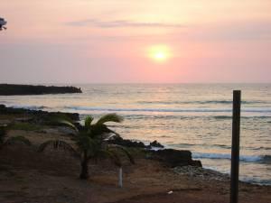 sunrise-utila-honduras