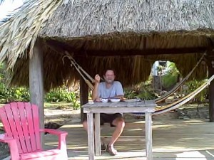 Palapa Paradise Cove Utila